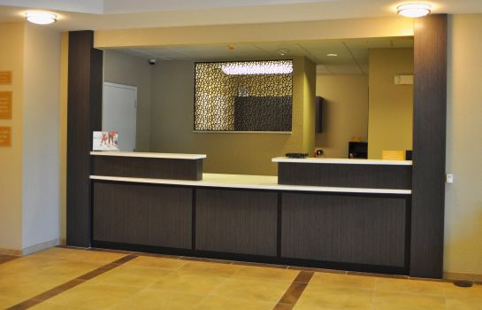 Lobby Candlewood Suites BAY CITY