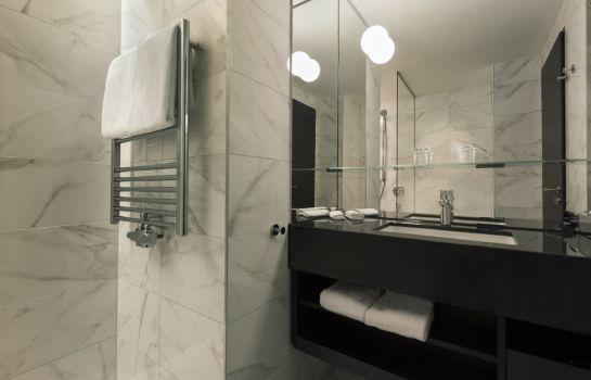 Superb Bathroom Adina Apartment Hotel Frankfurt Westend