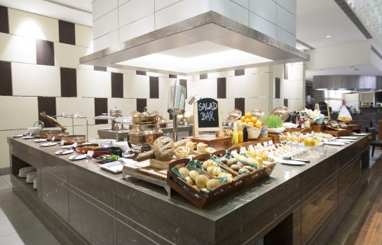 Restaurant Holiday Inn CHENNAI OMR IT EXPRESSWAY