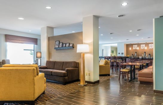 Lobby Sleep Inn and Suites Cumberland-LaVale