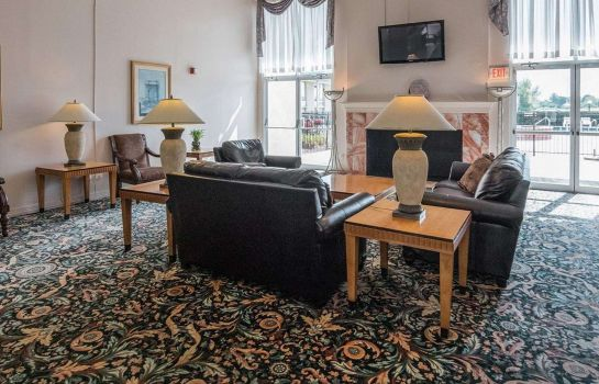 Hall Rodeway Inn & Suites Shreveport