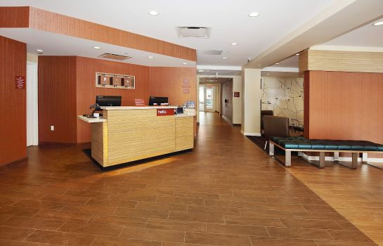 Lobby TownePlace Suites Grove City Mercer/Outlets