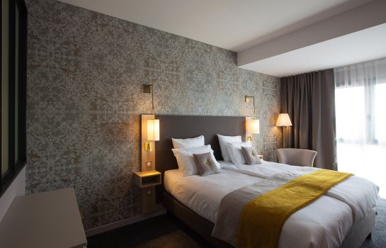 Doppelzimmer Standard James Boutique Hotel