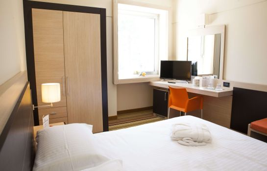 Chambre double (standard) BV President Hotel