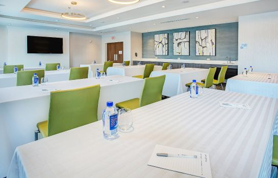Conference room Holiday Inn Express & Suites COVINGTON