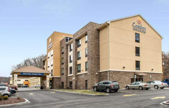 Buitenaanzicht Comfort Inn and Suites Pittsburgh