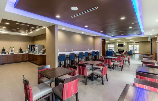 Restaurant Comfort Suites Houston I-45 North