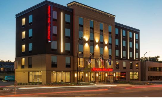 Vista exterior Hampton Inn and Suites Minneapolis University Area MN