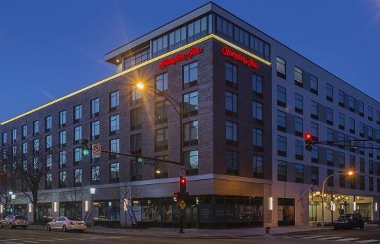 Buitenaanzicht Hampton Inn Chicago North-Loyola Station IL