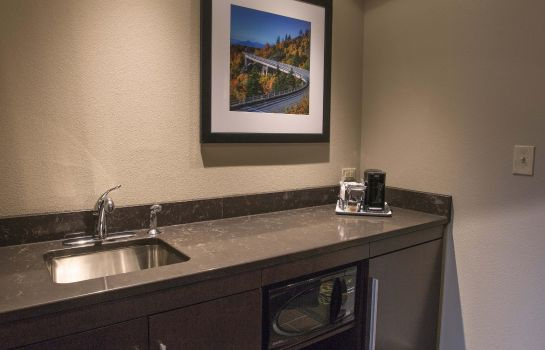Bar del hotel Hampton Inn - Suites Boone NC