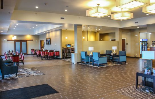 Hotelhal Comfort Suites University