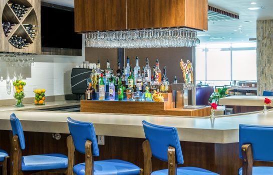 Hotel bar Cambria hotel & suites McAllen Convention Center
