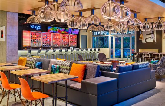 Hotel bar Aloft Miami Airport