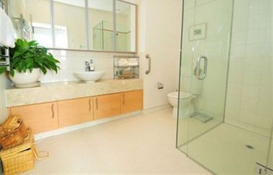 Bagno in camera Ramada Suites Nautilus Orewa