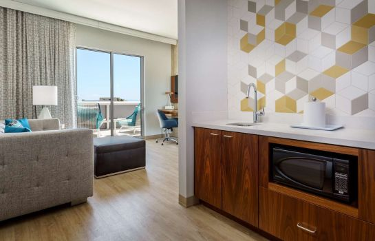Zimmer Hampton Inn - Suites Santa Monica