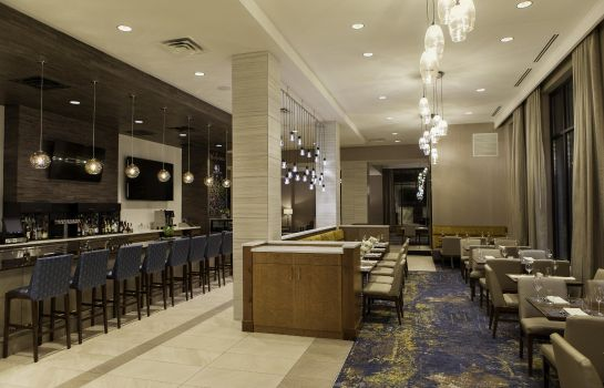 Restauracja DoubleTree by Hilton Minneapolis -University Area