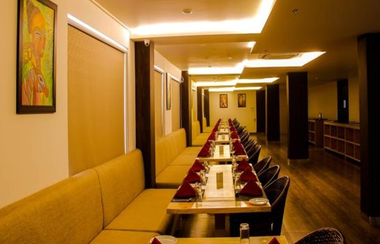 Restaurant Spectrum Hotel & Residencies