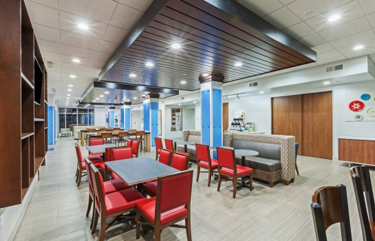Restaurant Holiday Inn Express & Suites COFFEYVILLE