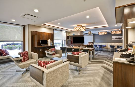 Lobby TownePlace Suites Dover Rockaway