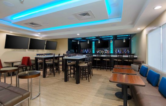 Hotel bar TownePlace Suites McAllen Edinburg