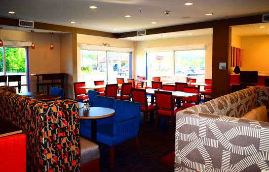 Restaurante Holiday Inn Express & Suites ITHACA