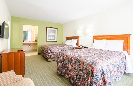 Suite Rodeway Inn and Suites Greensboro Southe Rodeway Inn and Suites Greensboro Southe