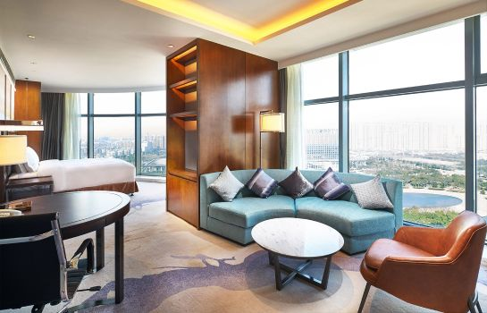 Suite DoubleTree by Hilton Ningbo Beilun