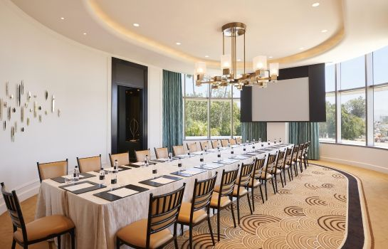 Conference room Waldorf Astoria Beverly Hills