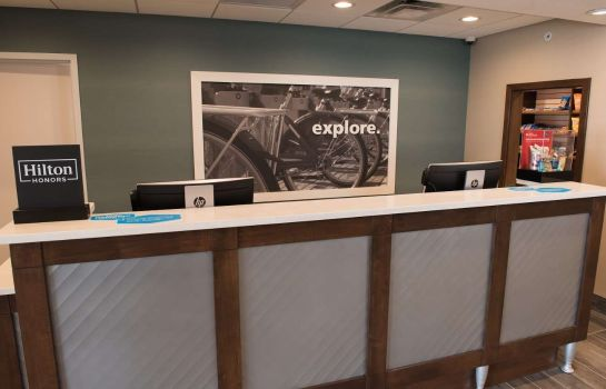 Hol hotelowy Hampton Inn - Suites Bay City
