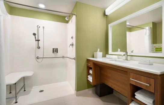 Zimmer Home2 Suites by Hilton Roanoke