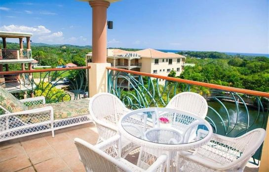 Suite Clarion Suites Roatan at Pineapple Villa