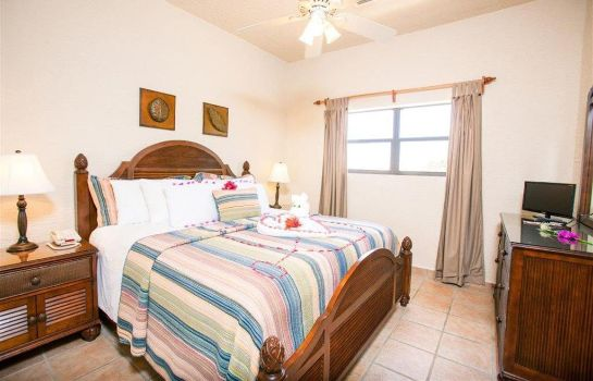 Room Clarion Suites Roatan at Pineapple Villa