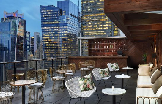 Vista exterior DoubleTree by Hilton New York Times Square West