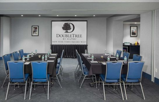 info DoubleTree by Hilton New York Times Square West
