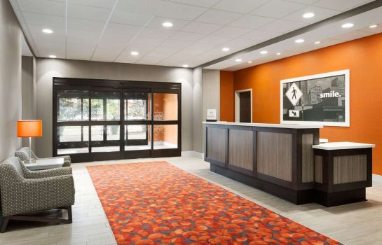 Hol hotelowy Hampton Inn by Hilton North Olmsted Cleveland Airport