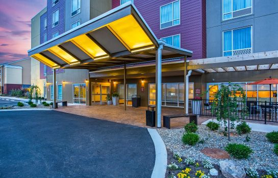 Exterior view TownePlace Suites Cookeville