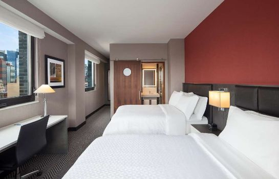 Zimmer Four Points by Sheraton Manhattan Midtown West