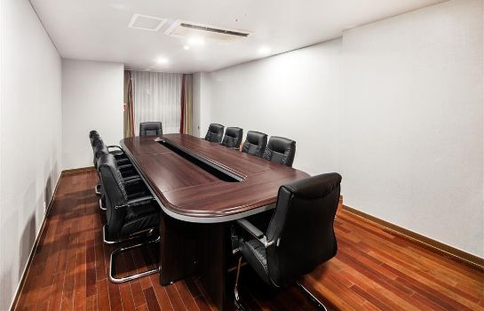 Conference room RA Htl Suites Seoul Namdaemun