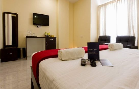 Single room (standard) FabHotel Oakwoods Serai