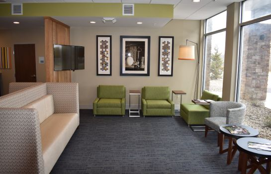 Hotelhalle Holiday Inn Express & Suites PARKERSBURG EAST