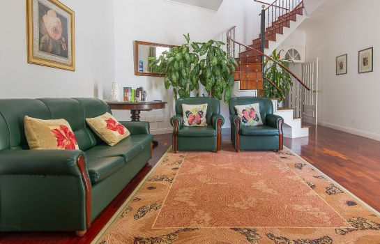 Innenansicht Comercial Azores Guest house