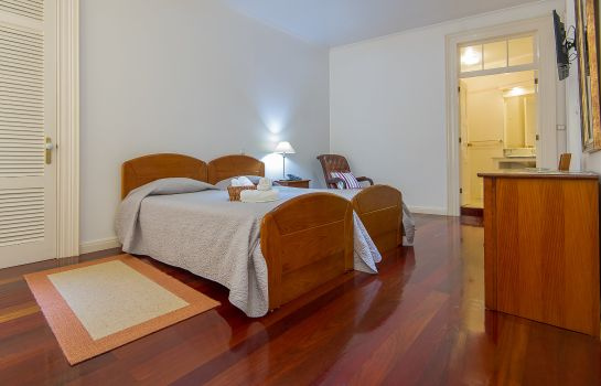 Vierbettzimmer Comercial Azores Guest house