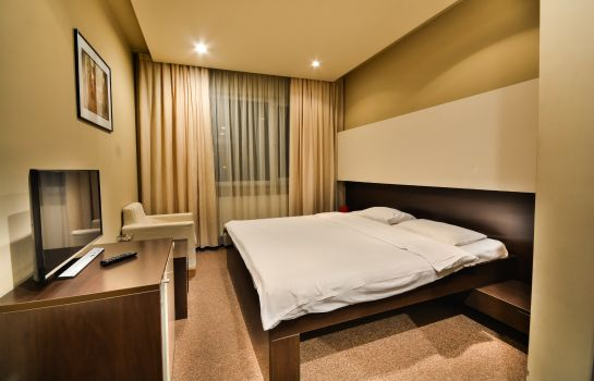 Single room (standard) Hotel Campus