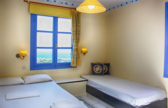 Room KORIFI SUITES