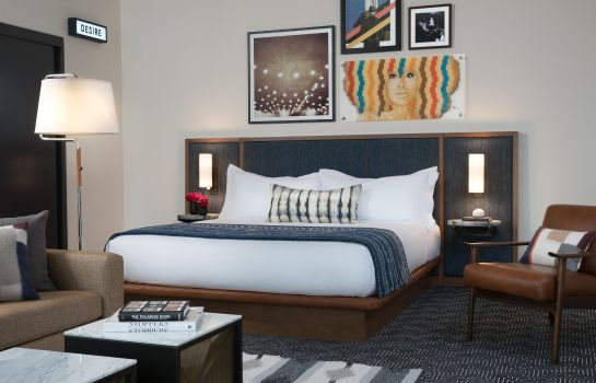 Suite Troubadour Hotel New Orleans Tapestry Collection by Hilton