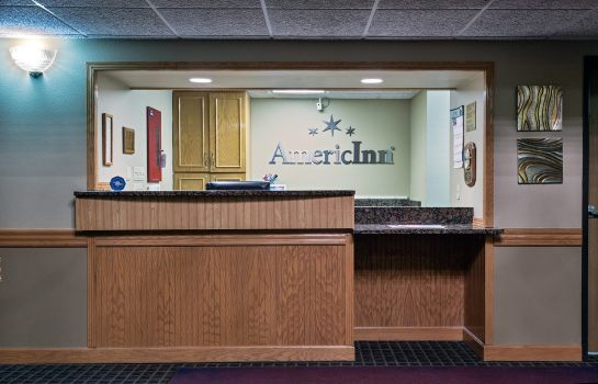 Lobby AmericInn Grundy Center