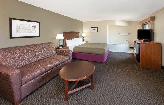 Suite AmericInn Grundy Center