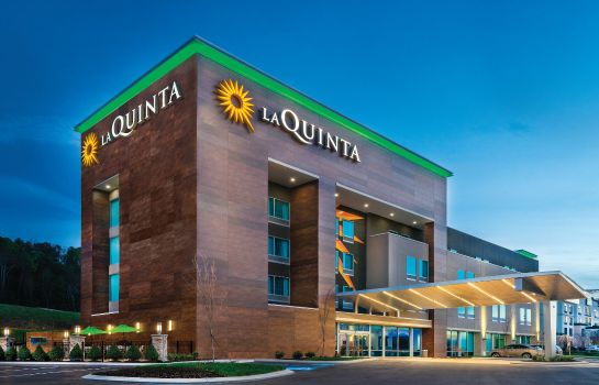 Vista esterna La Quinta Inn and Suites Cleveland