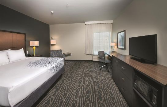Zimmer La Quinta Inn and Suites Branson - Hollister