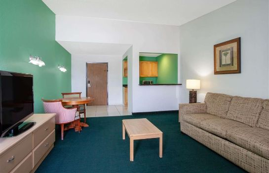 Suite A-P-T Suites Travelodge by Wyndham Kissimmee East